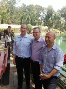 שר התיירות יריב לוין מסייר במועצה האיזורית גולן